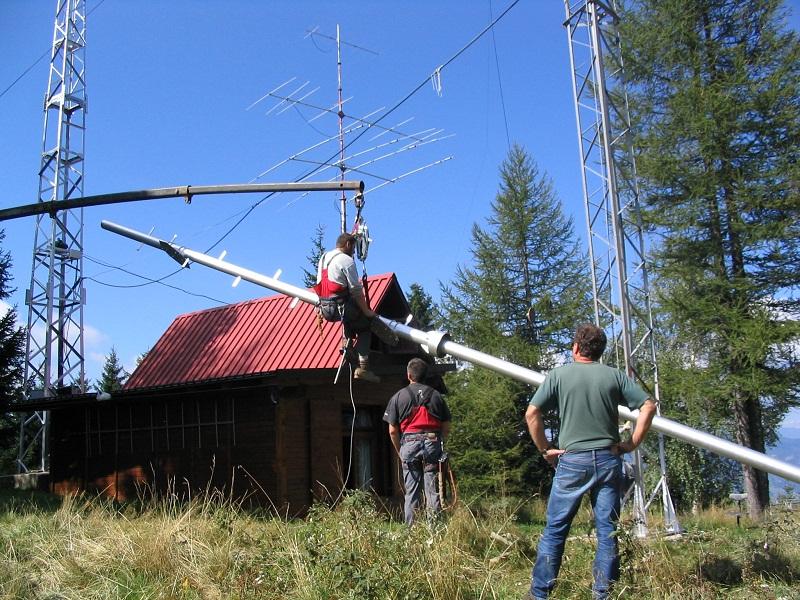 Priprave za dvig nosilnega stebra na 20 m stolp