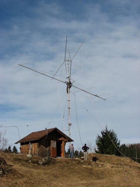 7 el. 28 MHz & 2 el. WARC Cubical Quad on top
