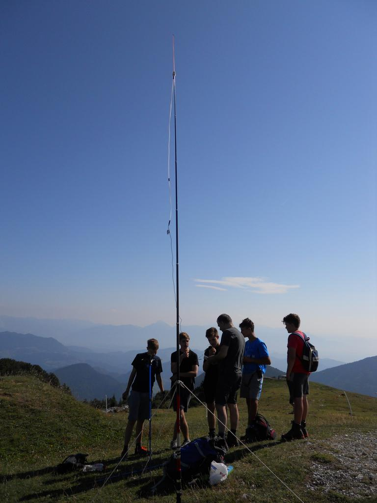 Radio amaterski (ham) kamp Črni vrh nad Cerknim - SOTA Summits on the Air