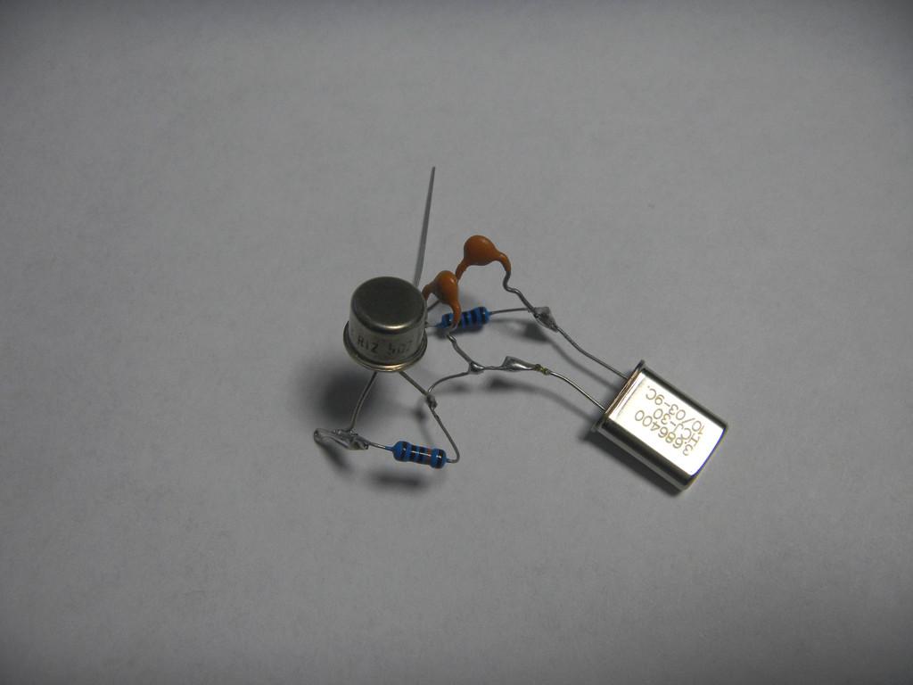 Lidia 80 kvarčni oscilator